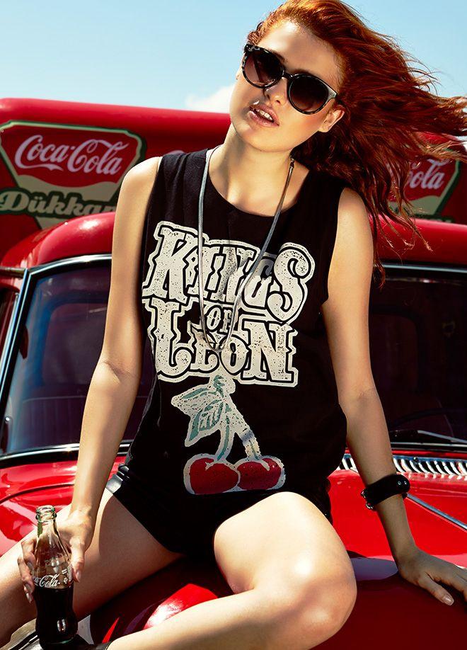 Rock'n Coke ile Festival Modası Atlet Markafoni'de 34,99 TL yerine 14,99 TL! Satın almak için: http://www.markafoni.com/product/4371532/