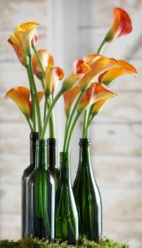 wine bottle wedding table decor - Not orange lillies