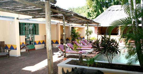VIC FALLS Amadeus Garden Guesthouse