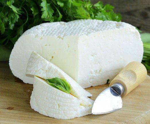 Как сделать адыгейский сыр в домашних условиях?