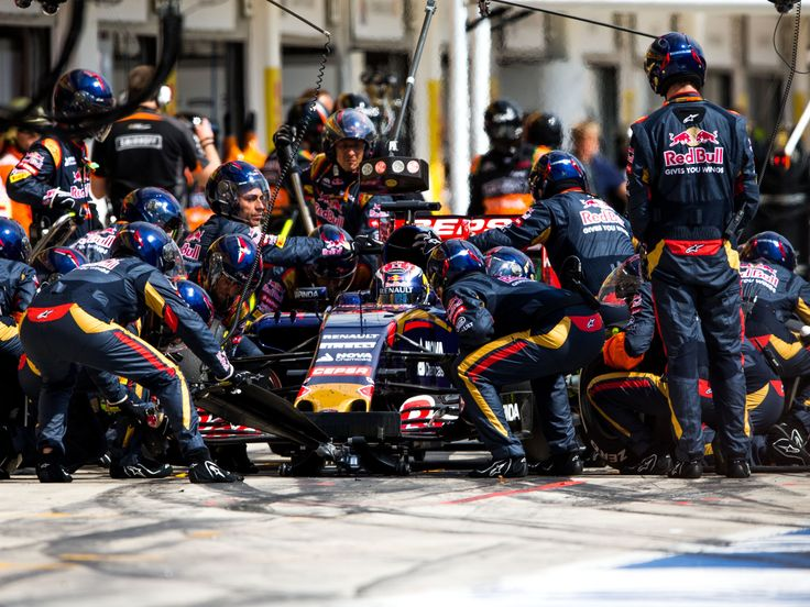 2015 HUNGARIAN GRAND PRIX | Scuderia Toro Rosso