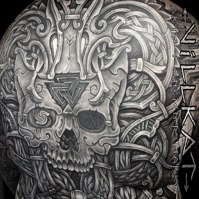 Close up...Nearly finished with the Nordic knotwork inspired dragon skull back piece....#norse #nordic #norsedragon #viking #vikingart #vikingtattoo #valknut #valknuttattoo #knotworktattoo #knotwork #celtictattoo #celticknotwork #villkat #villkattattoo #vikings_unite #blackwork #blackworkers #blackwork_tattoo #blackworkerssubmission #skulltattoo #backpiece #uktattooartists #tattoooftheday #tattoos #dotworkers #dotsnpatterns