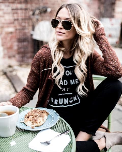 Want to know the perfect place to wear this top? Brunch! Our You Had Me At Brunch Long Sleeve Top is the perfect graphic to sport to your Sunday outings in black with white writing across the front. P