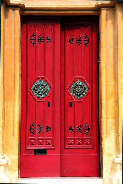 The red door - Malta
