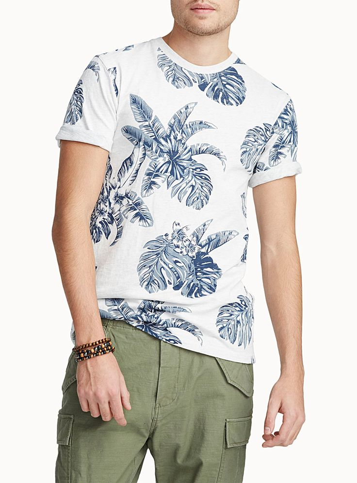Exclusively from Le 31 for men     From our 100% organic cotton collection   A spotlight on tropical motifs!   Slub jersey    The model is wearing size medium
