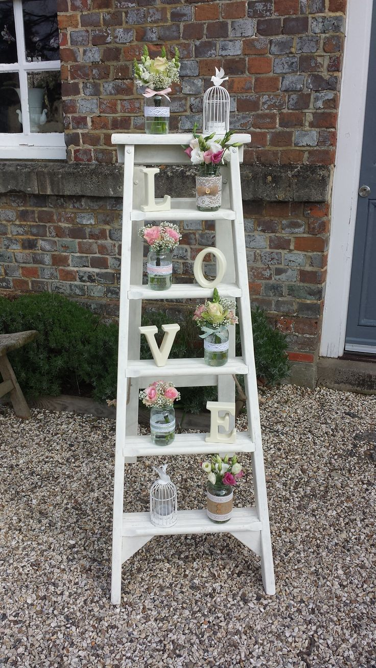 Just love our rustic step ladders and props at weddings.