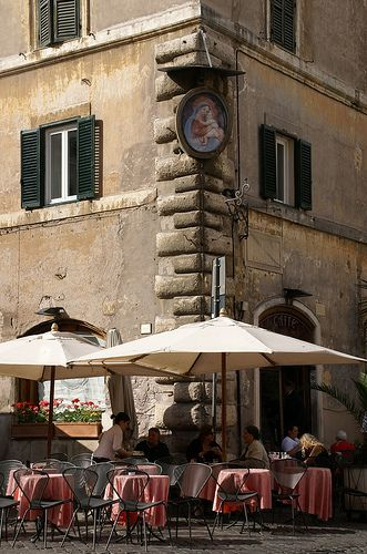 Roma, Piazza Farnese, Caffé  Farnese Could have been where Benoni was duped into visiting the Palazzo Roccanera.