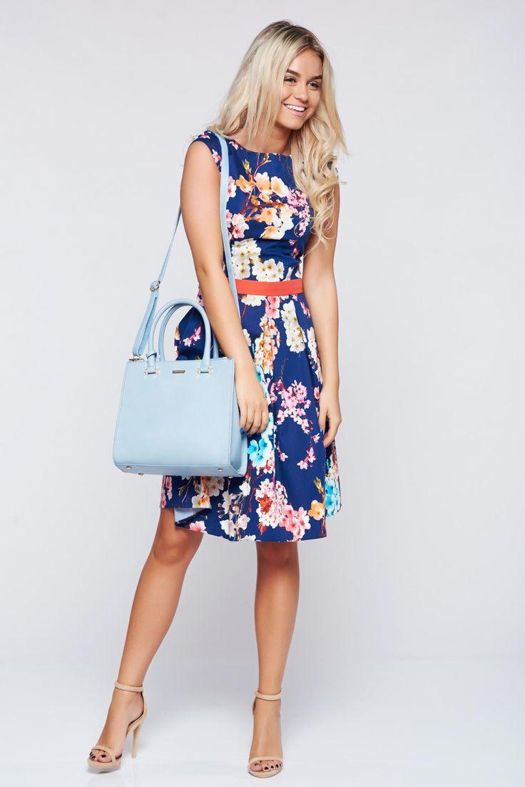 Comanda online, Rochie LaDonna albastru-inchis in clos din bumbac cu imprimeuri florale. Articole masurate, calitate garantata!
