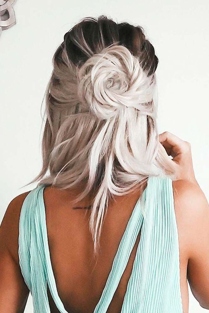 Romantic Holiday Hair Ideas That Are Downright Stunning ★ See more: http://lovehairstyles.com/romantic-holiday-hair-ideas/