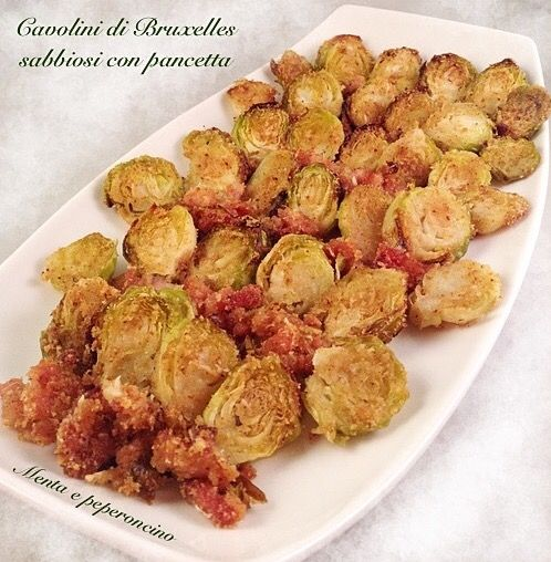 """Salve, oggi vi propongo un contorno molto saporito che ho chiamato """"Cavolini di Bruxelles sabbiosi con pancetta"""".. Provate anche voi questa ricetta!"""