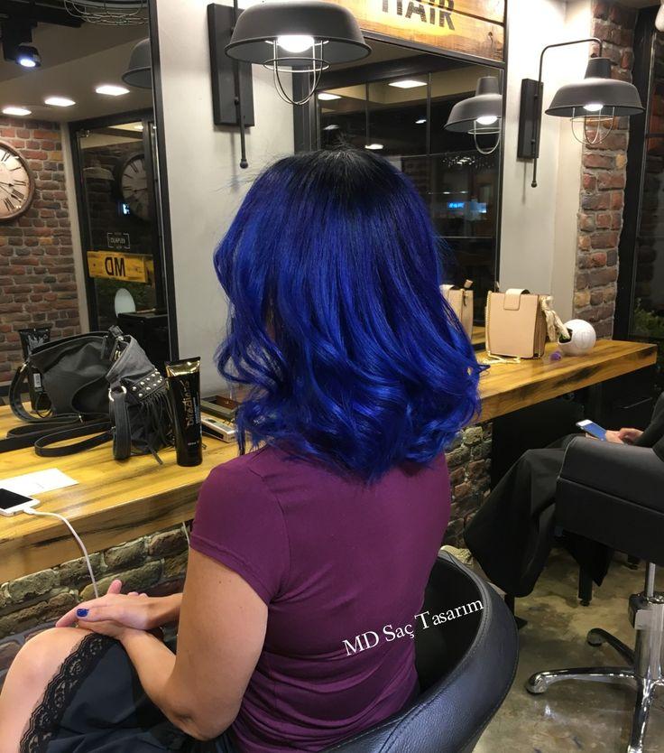 Eşsiz bir mavi cazibesi ✌ #mavi #bluehair #mavisac #izmir #kuaför #izmirde #kuaförde #saç #hair #haircolor #hairdesign #hairdresser #bluehaired #trend #degisim #hairstyle #hairstyles #instahair #mdsactasarim @mdmetindemir