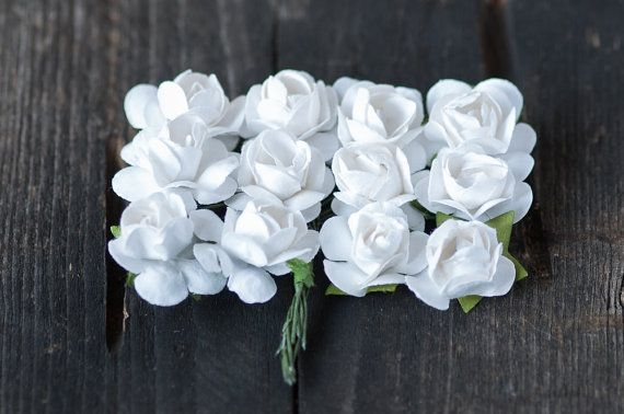 PAPER FLOWERS   22mm White Mulberry Paper Flowers 24pics by BeadsForYourJewelry #flowers #roses #white #paper #craft #wedding #rustic #boho #bohemian #miniature #supplies #findings #diy #etsy #BeadsForYourJewelry