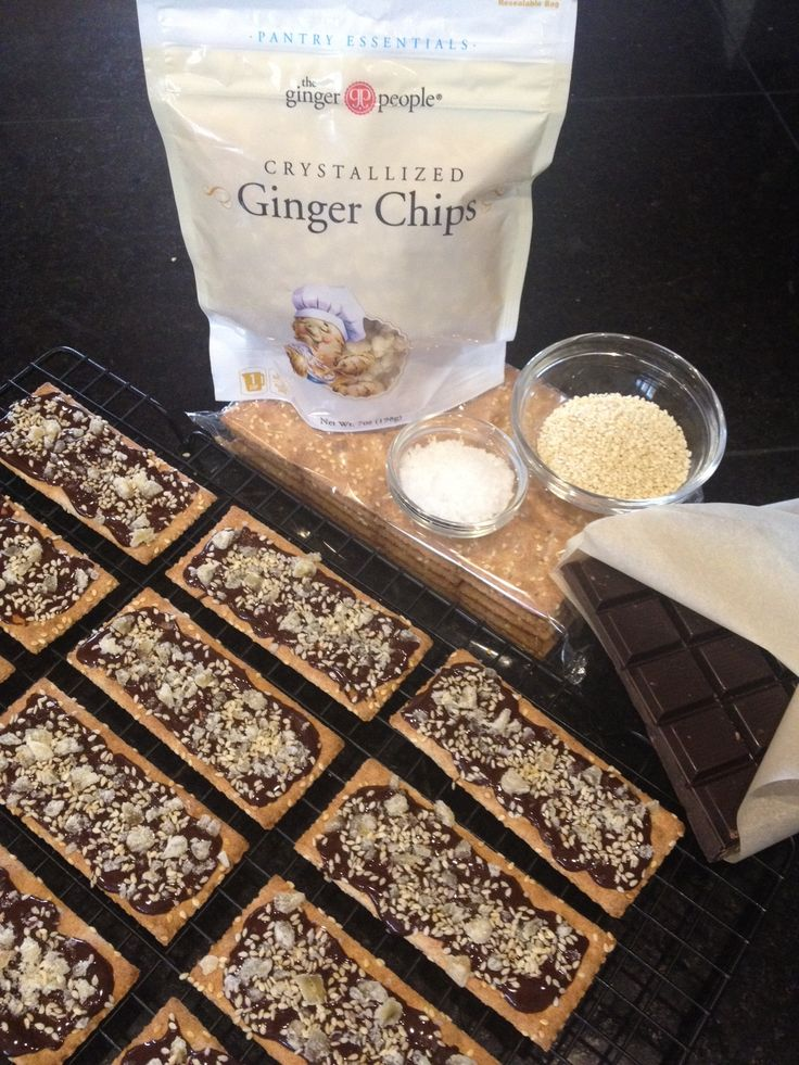 Ginger-Dark Chocolate Party Crackers