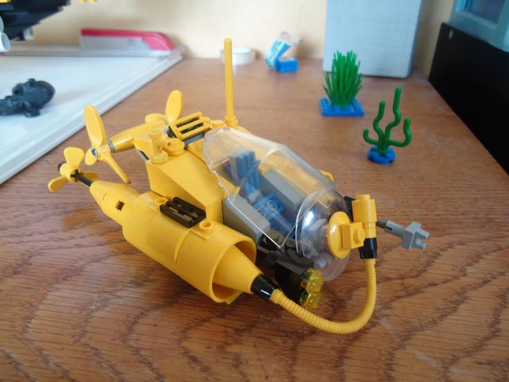 /by Entertainingly lame #flickr #LEGO #submarine