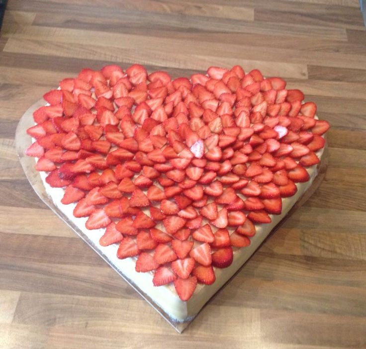 Hjertekage heart shaped wedding cake