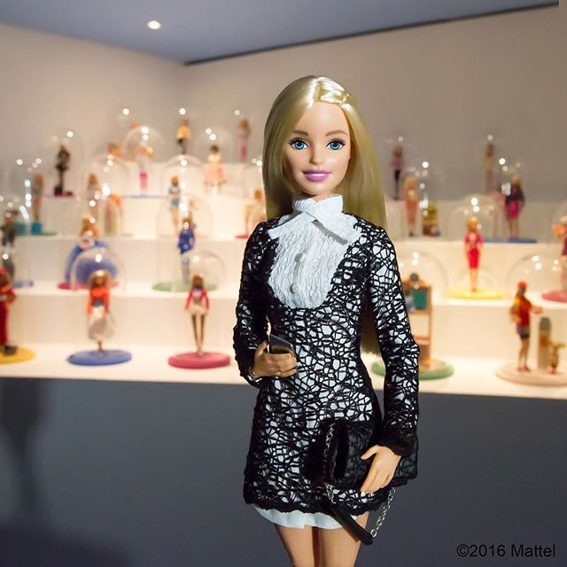 Thanks for an inspiring evening, @lesartsdecoratifs! I'll be back tomorrow for more. ✨ #barbie_AD #barbie #barbiestyle