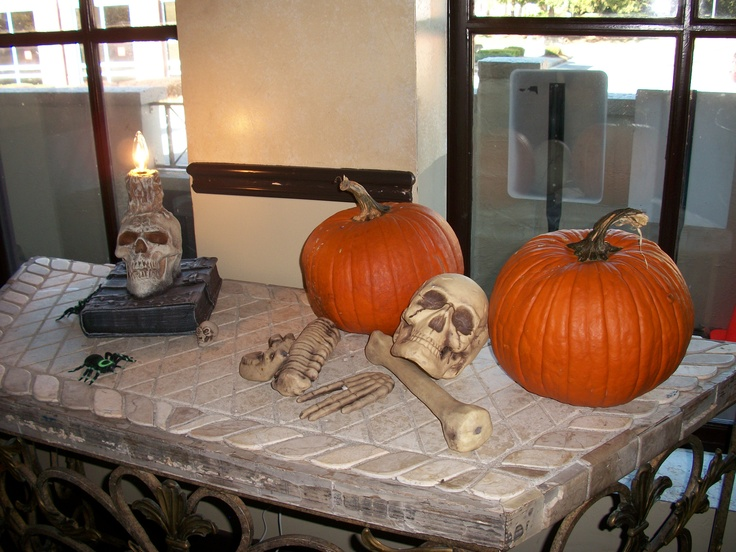table decor - Halloween Rental Decorations