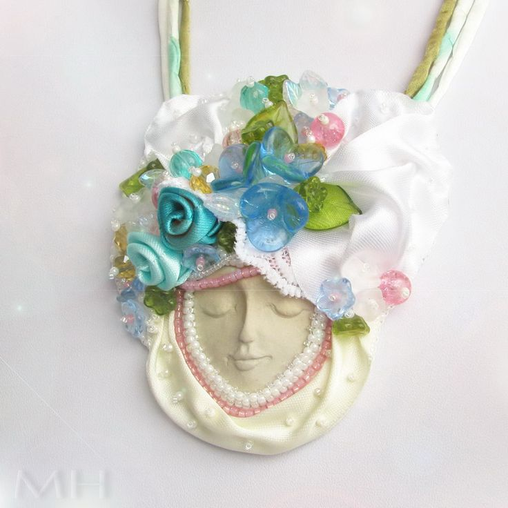 BeadEmbroidery necklace with face