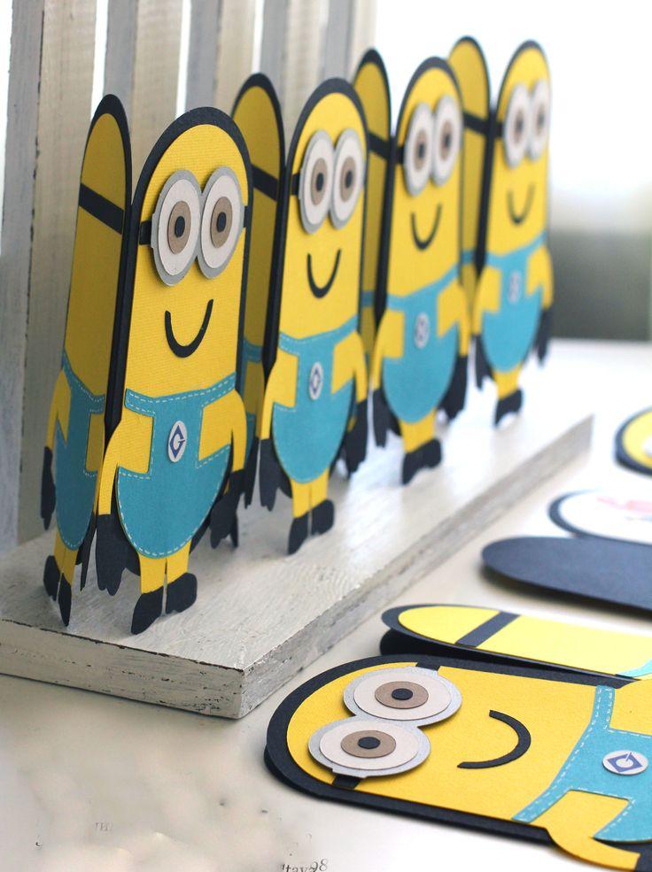 25 beste ideen over Minion party invitations op Pinterest