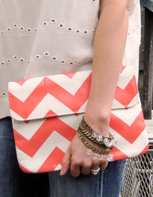 Will make this. Just got the clutch yesterday at Goodwill. Just need to decide what color I want the chevron!!