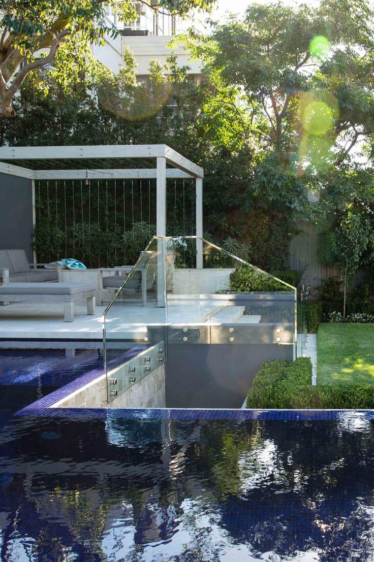 Chic modern garden design in chelsea by declan buckley with steps and - An Outdoor Entertainer S Dream Photography By Jason Busch Landscape Design By Matt Leacy From Landart Landscape