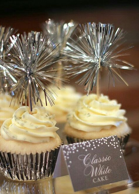 New Years Eve Cupcakes w/cute Sparklers Toothpick Toppers.