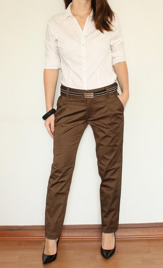 Shoe color for dark brown pants?