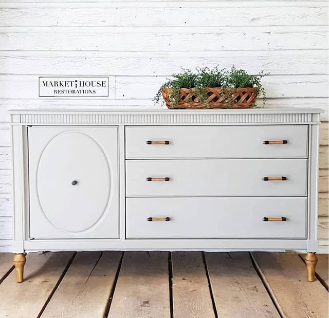 Gray Painted Furniture Dresser Modern, Is Painted Furniture Still In Style 2020