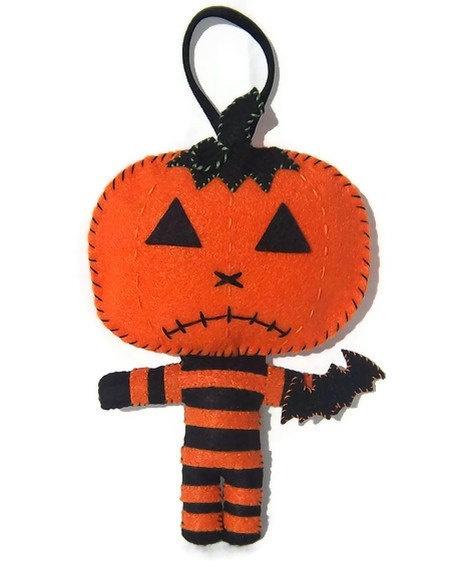 Pumpkin Man Felt Keychain. $15.00, via Etsy.