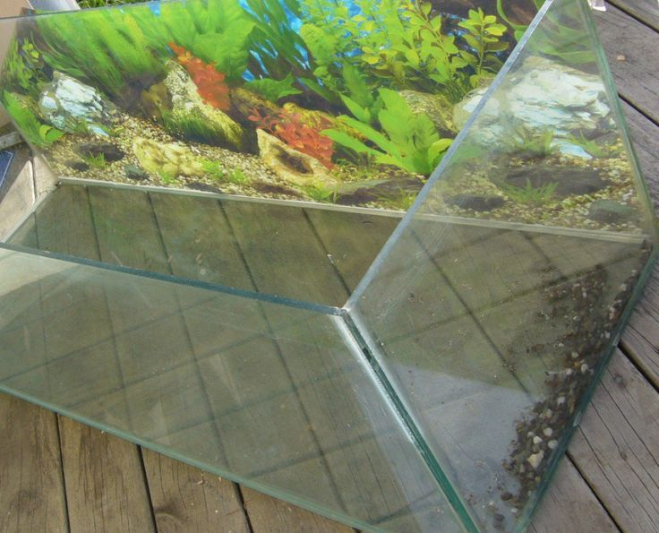 17 best ideas about fish tank stand on pinterest diy for How do you clean a fish tank