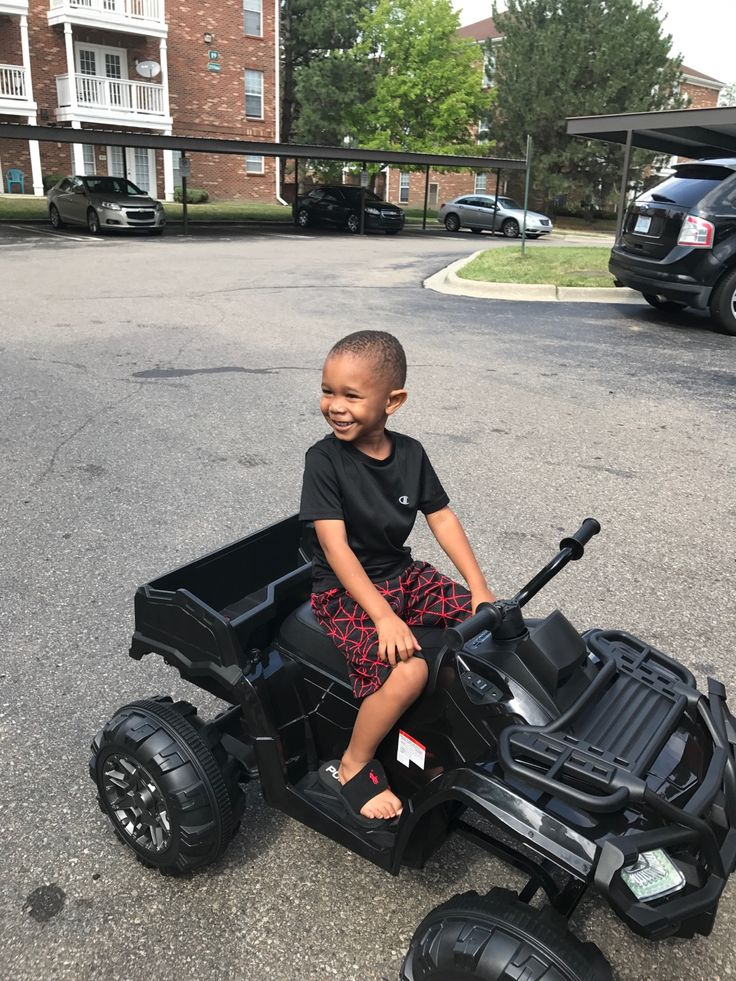 Best Choice Products 12V Powered Extra-Large Kids ATV Quad 4 Wheeler Ride On. @BCProducts - http://www.nighthelper.com/best-choice-products-12v-powered-extra-large-kids-atv-quad-4-wheeler-ride-on-bcproducts/
