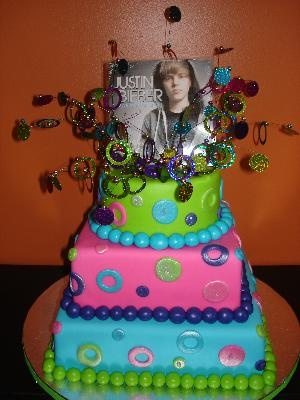 Justin Bieber Cake for my daughter's birthday. I am attempting to make this for her this year.