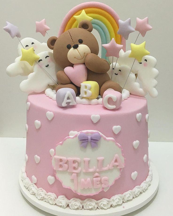 """472 Likes, 20 Comments - Doces Finos e Personalizados (@ladocicadoces) on Instagram: """"Bolo lindo para o 1º mês da Bella ☁️! #Bolos #BolosDecorados #BoloMesversario…"""""""