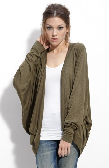 so comfy, love the cardigan style.