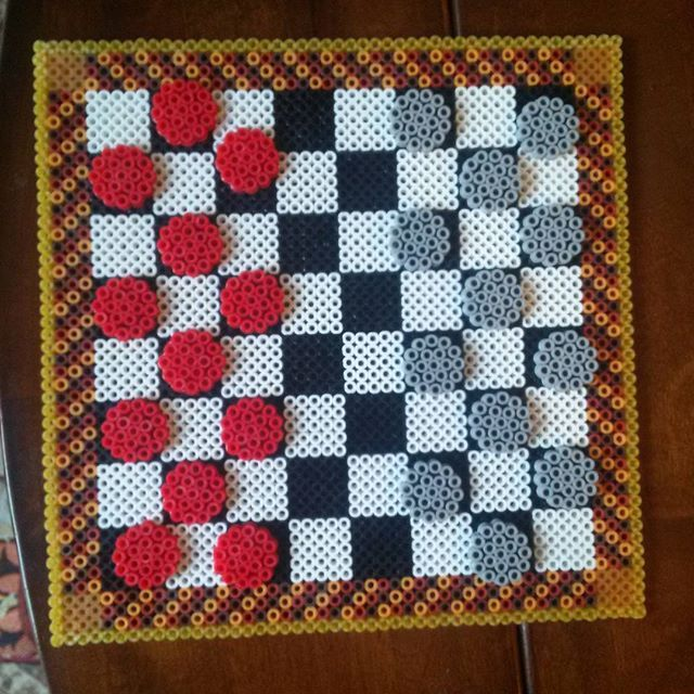 Checkers board game perler beads by kcpopick13 - Board: https://de.pinterest.com/pin/374291419013795362/