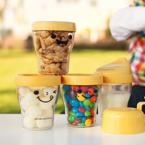 This smart and unique econtainer is strong, safe and perfect for baby food, toddler's snack/fruit or storing kitchen ingredients! Available at www.kidsberry.com.au