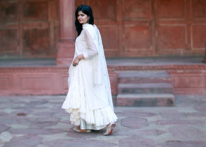 good earth india white outfit