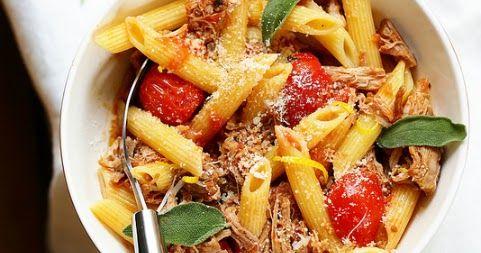 Des pâtes au ragù italien de porc et sauge. Délicieux, parfumé et économique