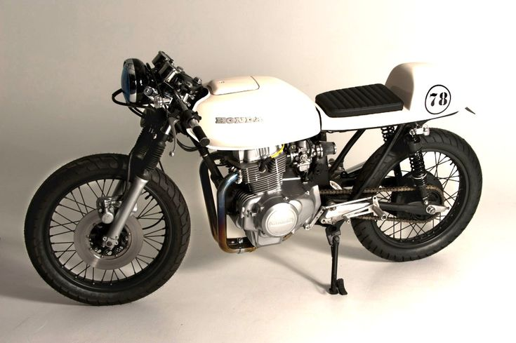 CB400T cafe racer... It'd be so awesome to ride one of those from cafe to cafe in Italy!