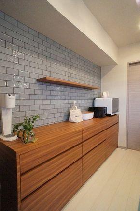 ブルーグレーのタイルがアクセント〜オリジナルキッチン収納   リフォーム&オーガナイズなごみ工房〜手描きパースで伝える私らしい暮らし