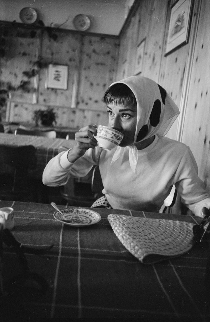 Audrey Hepburn fotografiada por Hans Gerber, 1954