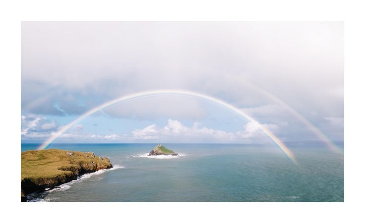Huge Double Rainbow On The North Cornish Coast, Glad I Had A Camera With Me! [oc] [8233x5044]