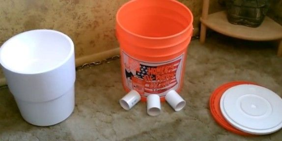 5-gallon-bucket-air-conditioner-parts-components   >   Not a swamp cooler...