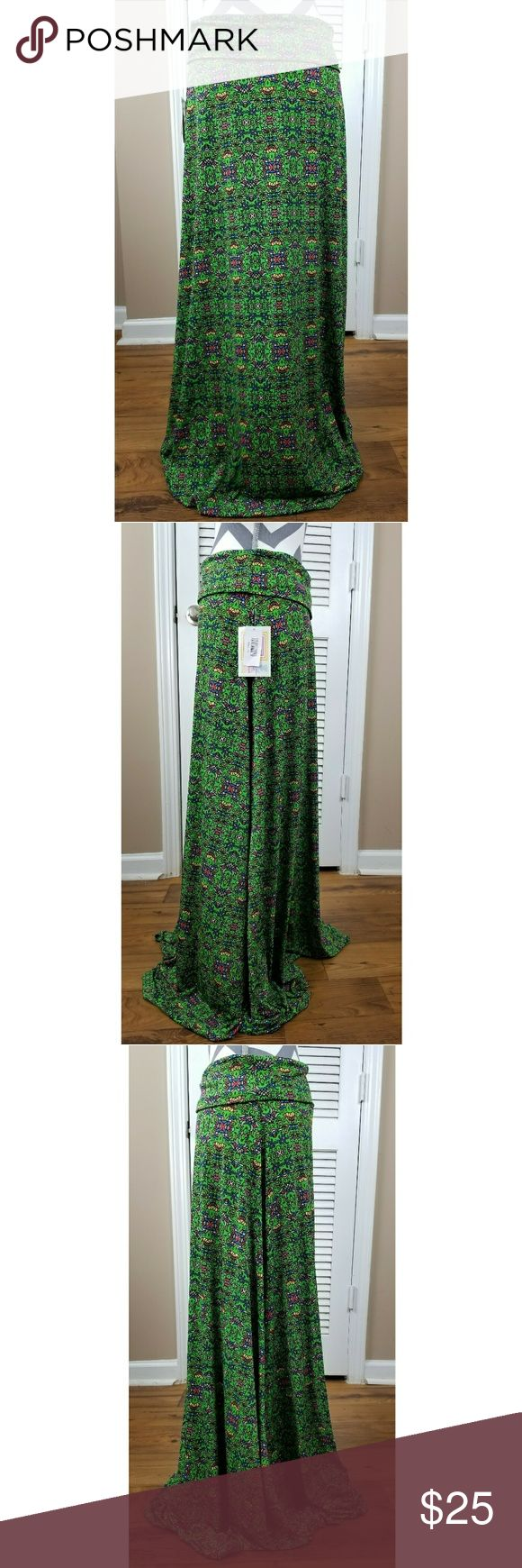LulaRoe Green Aztec Printed Maxi Skirt Brand: LulaRoe Size: XS Color: Green Pattern: Aztec Geometric Print Materials: 95% Polyester 5% Spandex Condition:New with tags  Measurements  Waist: 32 (unstretched)  Hips: 42 Length: 41 LuLaRoe Skirts Maxi