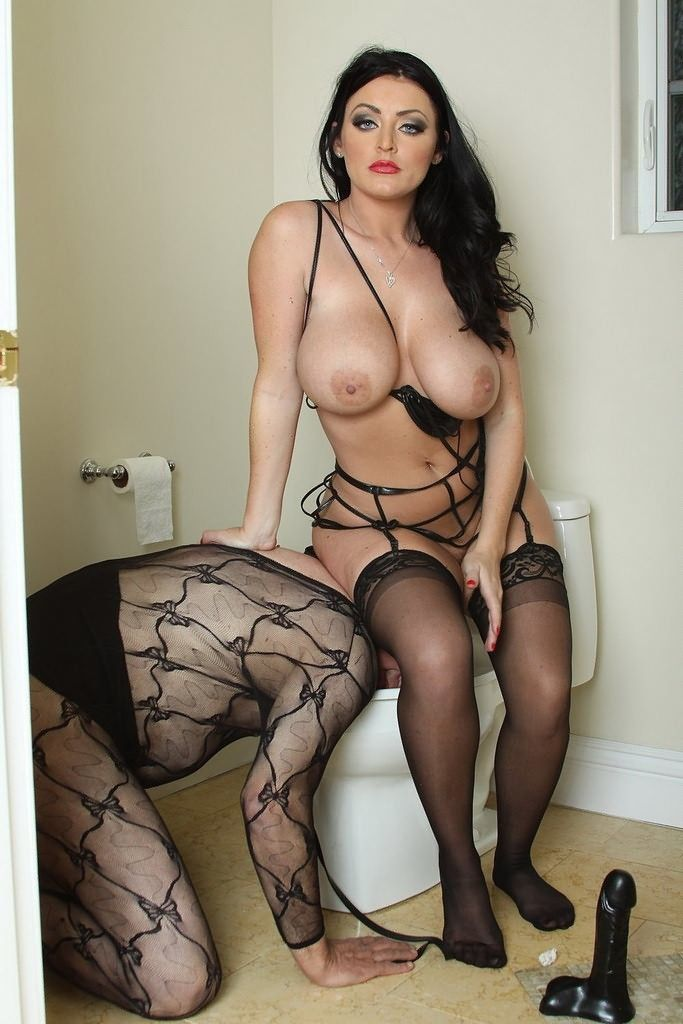 Dee mistress sophie Oldvsyoung Big