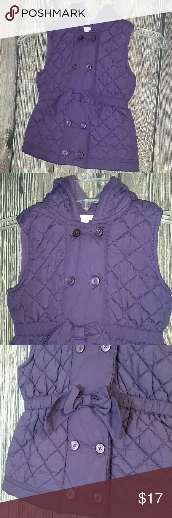Girls Janie and Jack Sz 4T/5T Purple Blazer Vest Girls Janie and Jack Best Coat. Sz 4T-5T Sleeveless, purple, button down and hooded. Excellent condition. Janie and Jack Jackets & Coats Vests