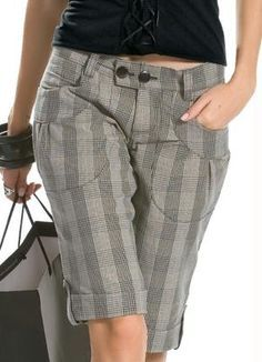 I love the color and pattern of these bermuda shorts!  Loose and comfy too!
