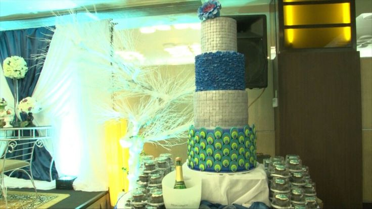 Our wedding cake! Check out Belluscious cakes!