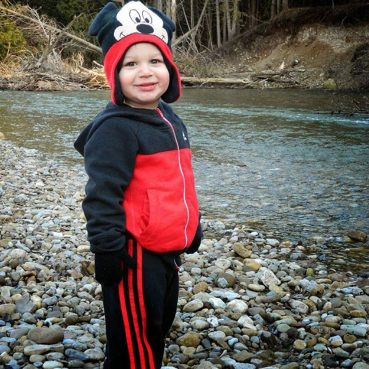 #nofilterneeded #picoftheday #picofday #outdoorsman #mickeymouse #cute #myboy #appsmill #brantford #ontario #canada #brantcounty #funny #river #watr #stones #chillyThese are my personal photos from Flickr!