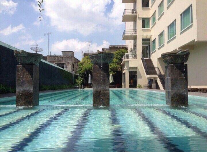 Aquarius Swimming Pool